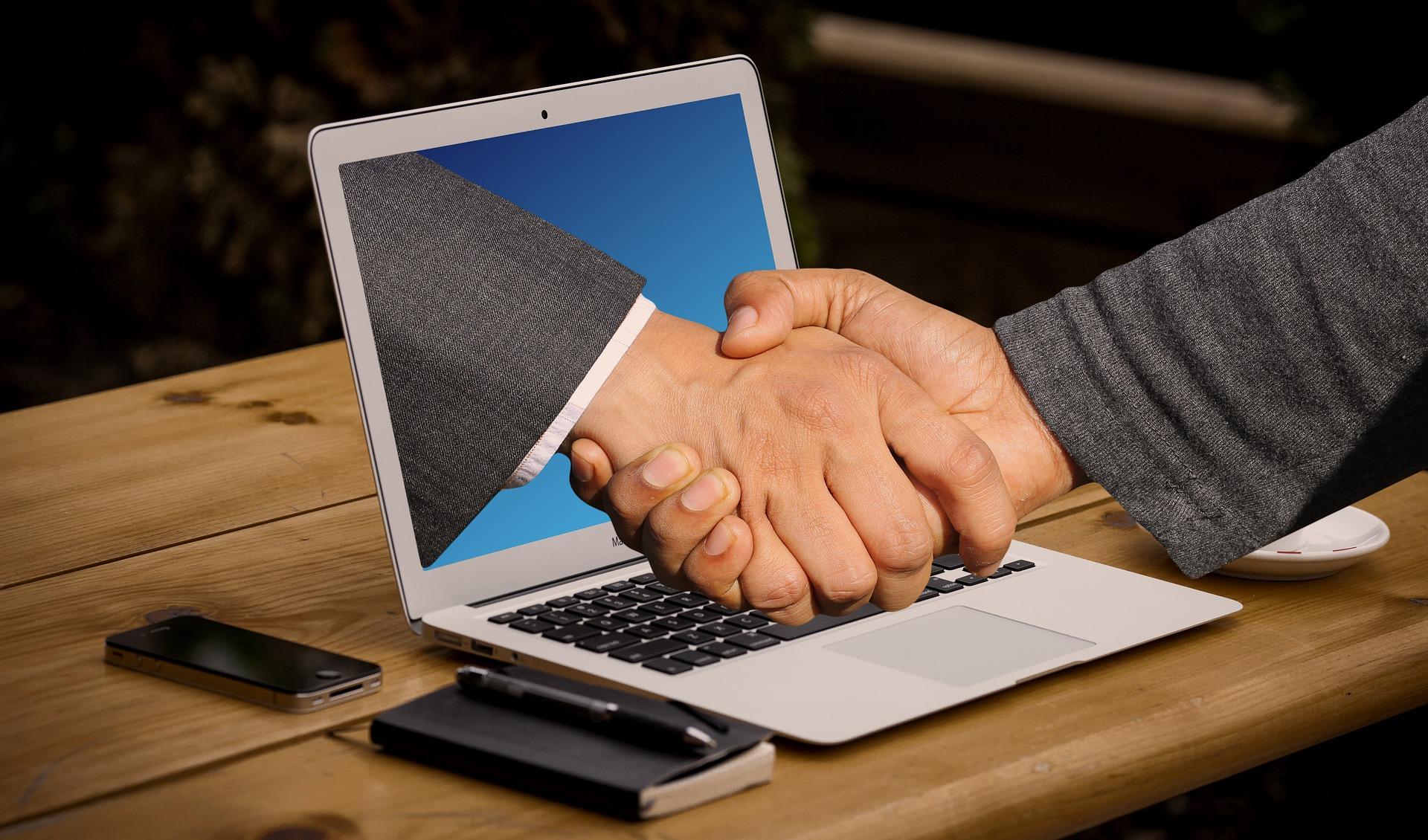 handshake 3382504 1920 - Digital